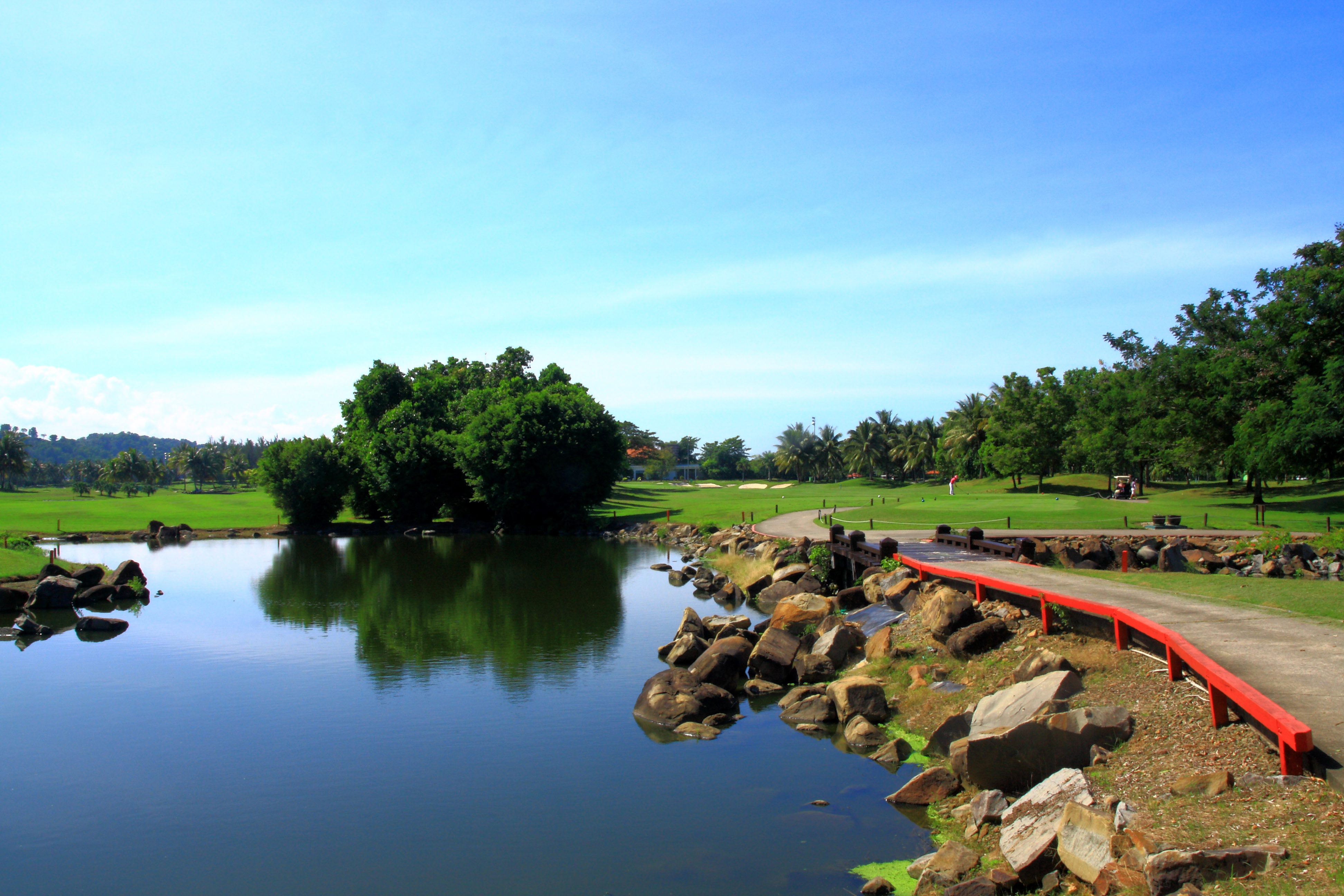 sutera harbour golf country club sabah golf course in malaysia. Black Bedroom Furniture Sets. Home Design Ideas
