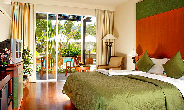 Phuket Mission Hills Resort Stay & Play Package