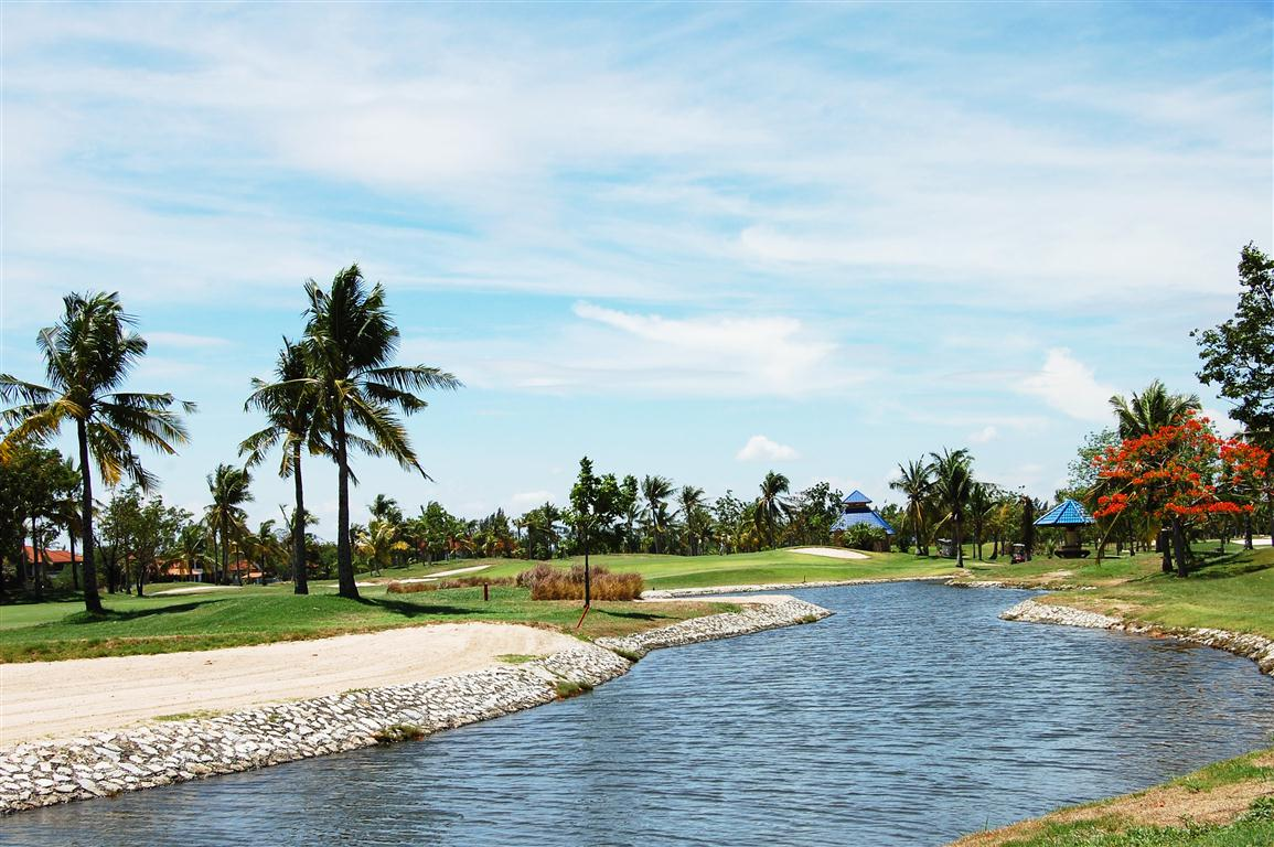 Royal Lakeside Golf Club in Bangkok | Thailand Golf Course, Bangkok