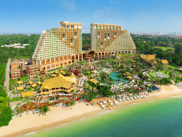 Centara Grand Mirage Beach Resort Pattaya