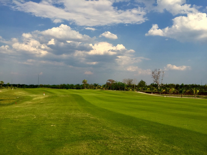 Hariphunchai Golf Club Photos