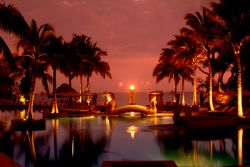 Hua Hin - Bangkok (2-Destination) Golf Package