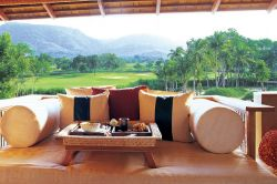 Khao Yai - Bangkok (2-Destination) Golf Package