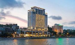 Wyndham Legend Halong Hotel