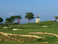 Bukit Pandawa Golf & Country Club - Green