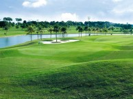 Glenmarie Golf & Country Club - Green