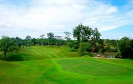 Tering Bay Golf & Country Club - Green